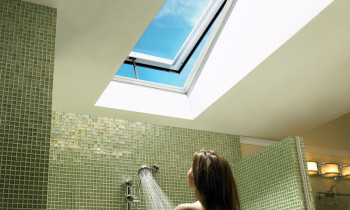 Velux-Images--Curb-Mounted,-bathroom,-VCE